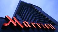 Zum Konzern gehören weltweit über 3800 Hotels von 19 unterschiedlichen Hotelmarken