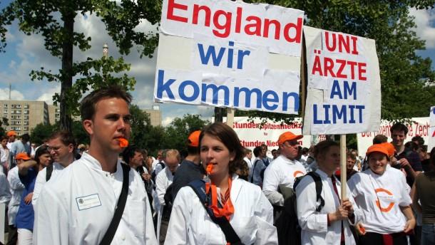 Uni-Ärzte drohen mit Streik