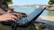 Amazon Prime funktioniert bald auch im Ausland am Strand.