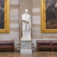 Statue von Alexander Hamilton im Kapitol