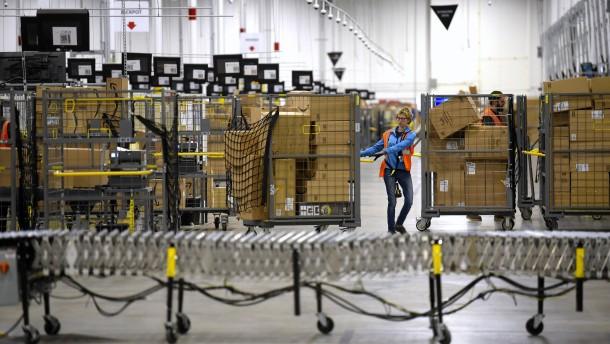 Amazon schreibt 100.000 Stellen aus