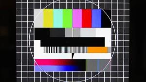 Kommt bald nur Testbild im Fernsehen und Rauschen im Radio?