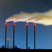Kohlendioxid entsteht durch Verkehr und Industrien aller Art. Jetzt soll aus dem Treibhausgas ein Nutzen gezogen werden.