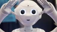 Geradezu freundlich sieht dieser Roboter aus. Aber ist er auch eine Bedrohung für Arbeitsplätze?