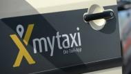 """Soll nun zusammen mit einer britischen Konkurrentin weitermachen: die Taxi-App """"My Taxi"""""""