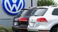 Volkswagen verkauft weniger Autos