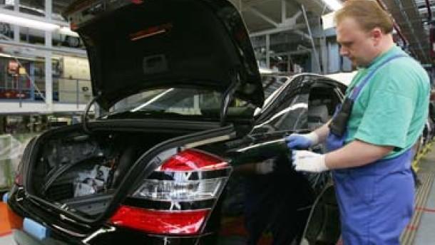 Daimler-Chrysler gibt 840 Millionen Euro für Abfindungen aus