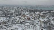 Kälteeinbruch: Nun liegt auch in Istanbul Schnee.