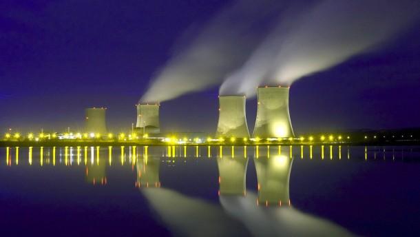 Frankreich verschiebt den Ausstieg aus der Kernenergie