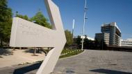 Mercedes-Belegschaft kämpft um Arbeit am Elektroauto