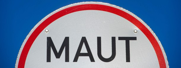 Die Pkw-Maut soll 2016 scharf gestellt werden.
