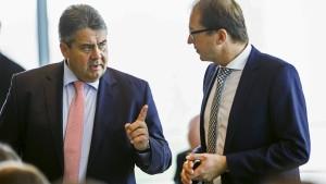Minister streiten sich über Air-Berlin-Flüge
