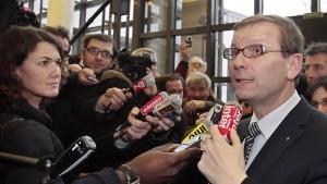 Renault-Generaldirektor Pélata tritt zurück
