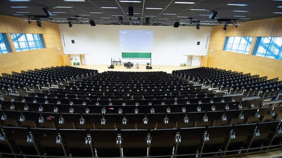 Leerer Hörsaal in Dresden