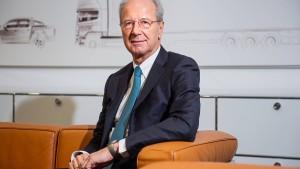 VW-Chefkontrolleur Pötsch verdient am meisten