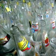 Obwohl Mehrwegflaschen politisch gewollt sind, nimmt ihr Anteil ab.