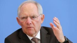 Schäuble: Ukraine-Krise könnte Sparziel 2015 gefährden