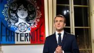 Auch die Dynamiken und Forderungen der Gelbwesten-Bewegung bringen Frankreichs Präsident Emmanuel Macron dazu, die Digitalsteuer voranzutreiben.