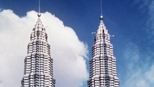 Petronas bringt seine Türme an die Börse