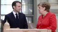 Frankreichs Präsident und die Kanzlerin wollen nun gemeinsam Europa stärken.