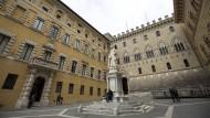 Altes Haus in der Krise: Die Monte Dei Paschi in Siena