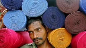 Gehversuche in Indien