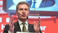Oettinger gegen schnelles Ende von Geoblocking