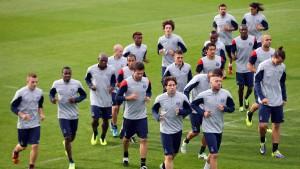 Frankreichs Profifußballer sollen Arbeit niederlegen
