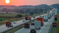 Wem sollen die Autobahnen gehören?