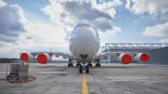 Eingemottet. Das Großraumflugzeug A380 hatte schon vor Corona einen schweren Stand und damit Tausende Privatanleger