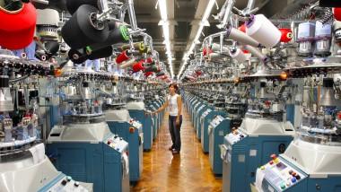 Modern ausgerüstet: Strumpffabrik im Erzgebirge