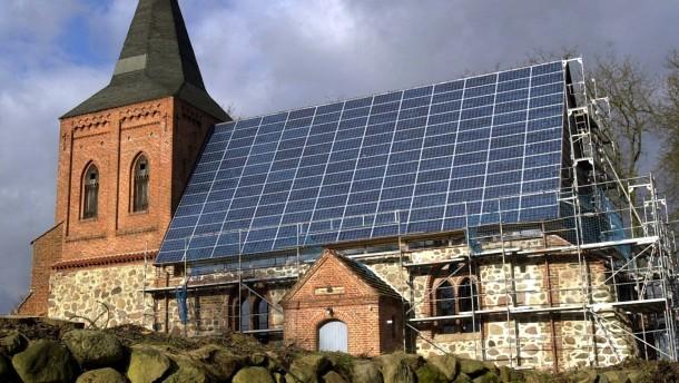 Solaranlage auf dem Kirchendach