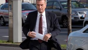 Oettinger gegen neue Hilfen für Stromkonzerne