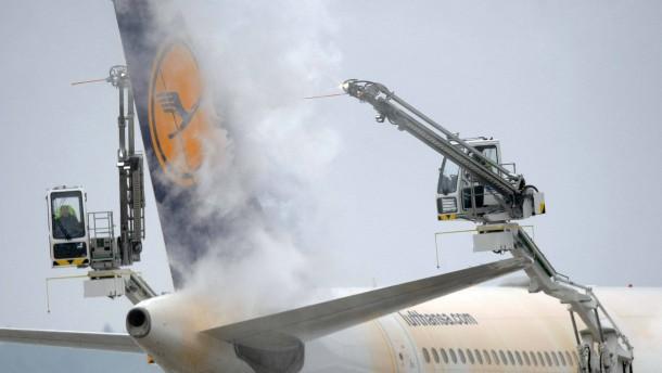 Verdi fordert 5 Prozent mehr für Lufthansa-Mitarbeiter