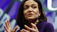 """""""Ich hatte es nicht richtig verstanden"""": Sheryl Sandberg über die Probleme alleinstehender Mütter im Berufsleben."""