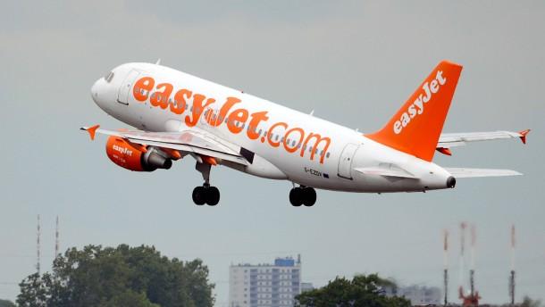 Von heute an greift Easyjet die Lufthansa an