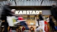 Neue Einschnitte bei Karstadt