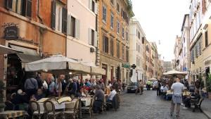 Kardinäle wettern gegen McDonald's am Vatikan