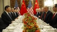 """Bei diesem Essen hatten sie den """"Waffenstillstand"""" verabschiedet: Xi Jinping (links) und Donald Trump während des G-20-Gipfels in Buenos Aires."""