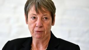 Umweltministerin fordert Kaufprämie für Elektroautos