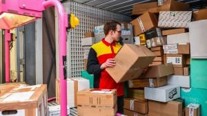 Die verflixte Frage, wie die Ware zum Kunden kommt