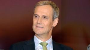 Bankenlobbyist Kemmer zum Rücktritt aufgefordert