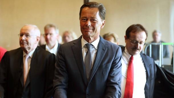 Ex-Arcandor-Chef Middelhoff verweigert Zeugenaussage