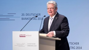 Gauck fordert mehr Wirtschaft in der Schule