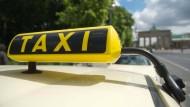 Raus aus der Taxifahrer-Ecke: Viele ausländische Berufsabschlüsse werden mittlerweile anerkannt.