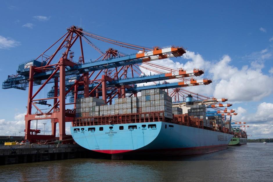 Fast 400 Meter lang: das Containerschiff Eugen Maersk der dänischen Reederei Mærsk.