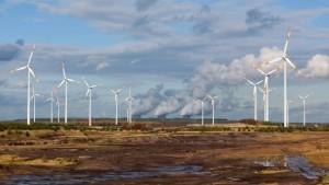 Verbraucher zahlen für Überangebot an Öko-Strom
