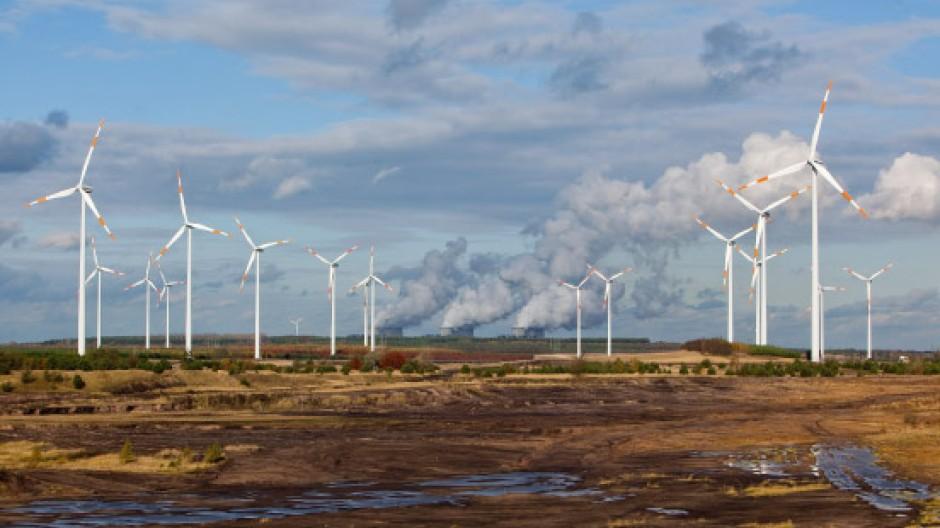 Noch ist es für die Stromproduzenten ökonomisch günstiger, Kohlekraftwerke durchlaufen zu lassen, statt Speicher zu bauen