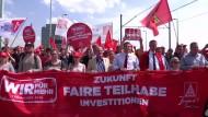 Metall-Tarifparteien suchen Einigung in NRW