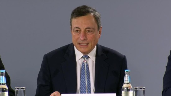 EZB wagt ersten Mini-Schritt Richtung Kurswechsel